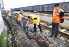 更换信号电缆保障列车安全